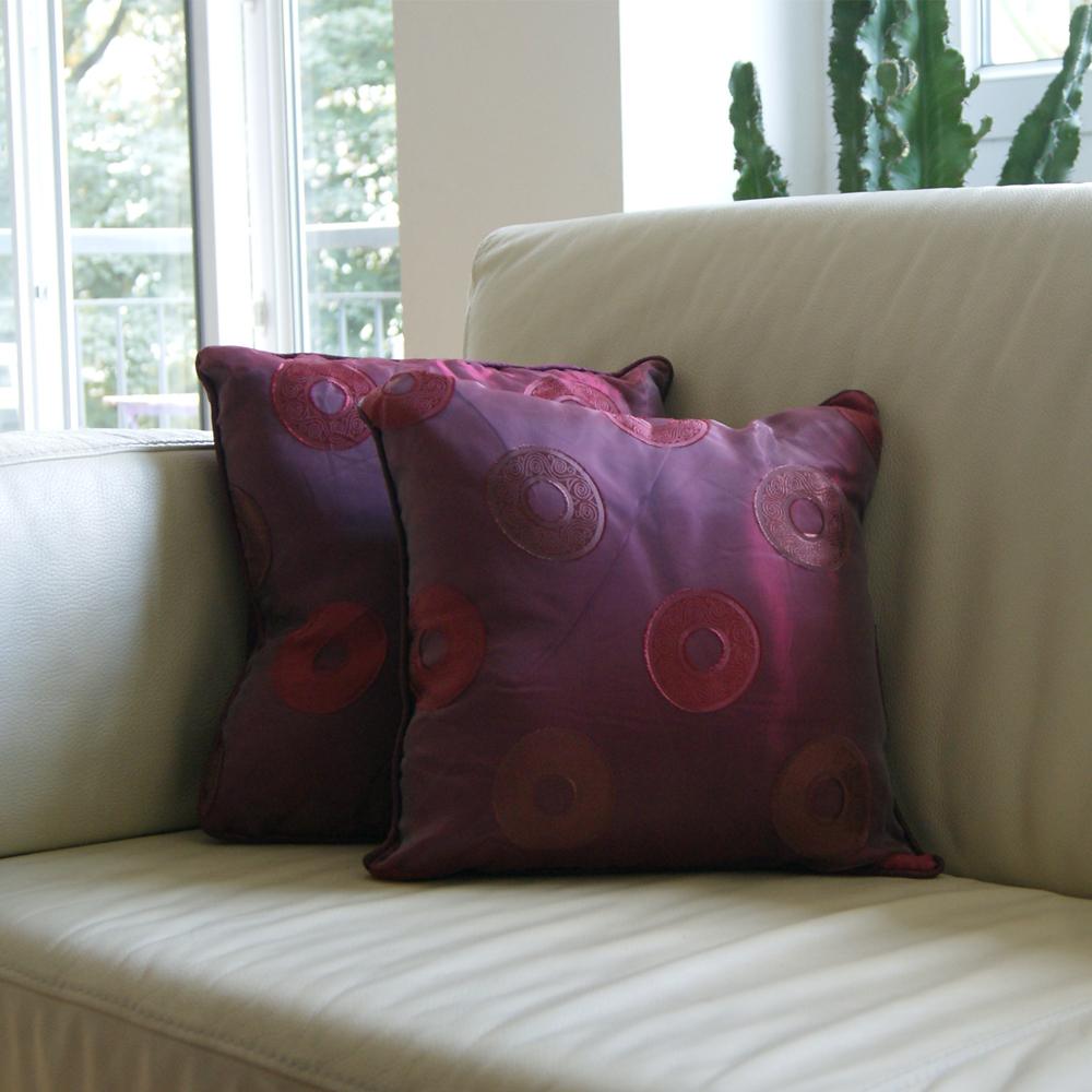 Habiller ses chaises de jardin avec de jolis coussins - Habiller des chaises ...